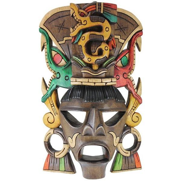 Tipik şaman maskesi