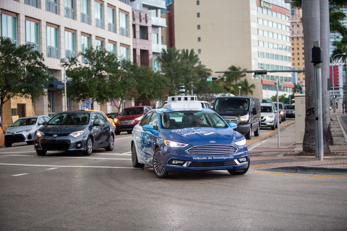 Ford sürücüsüz arabaları gerçekten ne kadar başarılı?