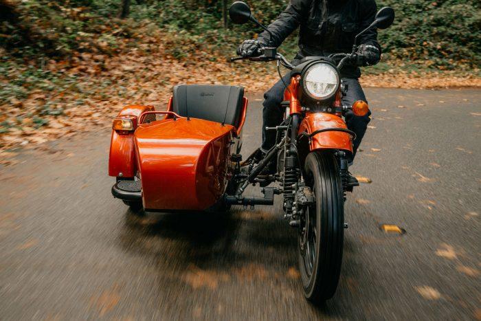 Ural elektrikli motosikleti şık, nostaljik ve kullanışlı