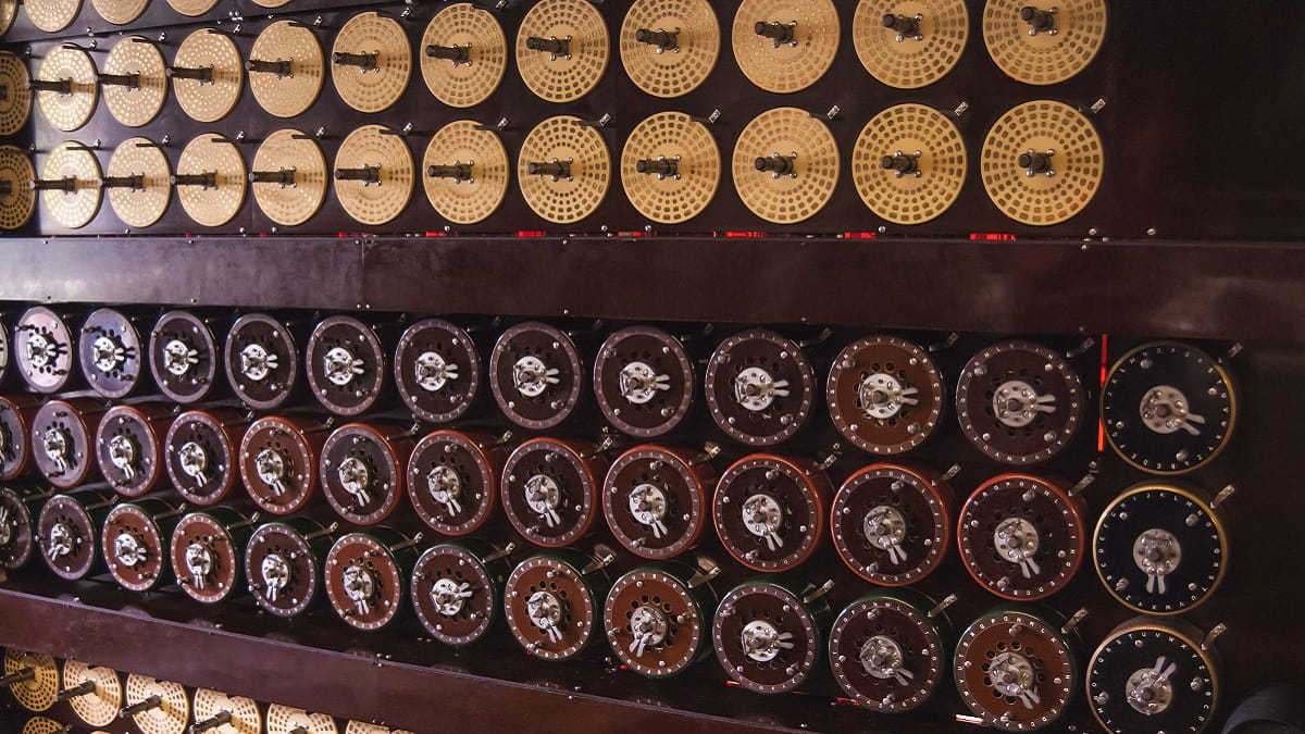 Bletchley_Park-Maquina-Descifrar-Codigos-Bombe-Alan-Turing-0