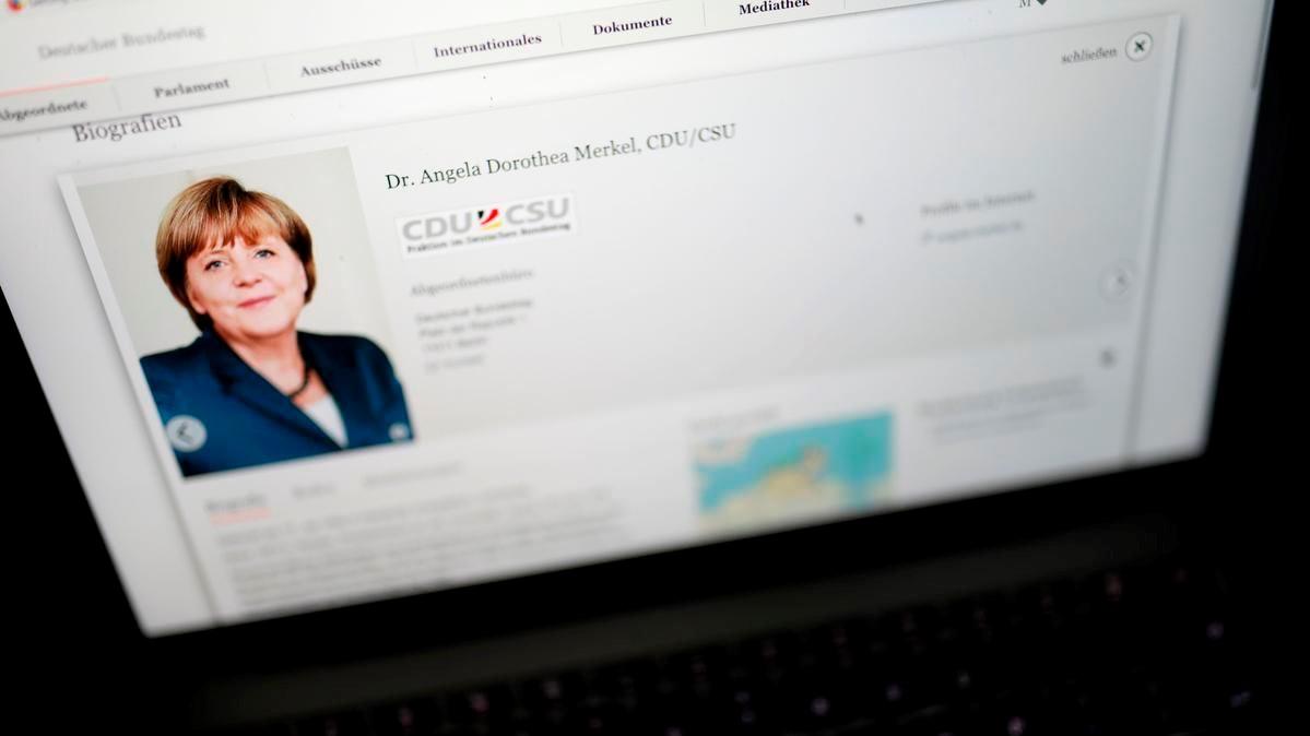 Yüzlerce Alman politikacının sohbet konuşmaları sızdırıldı