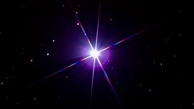 Sirius neredeyse tüm farklı renklerde görünebiliyor