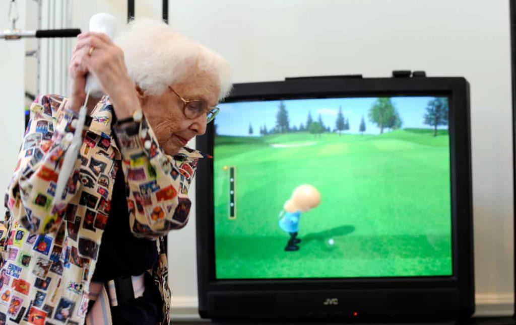 nintendo yaşlı kadın wii golf