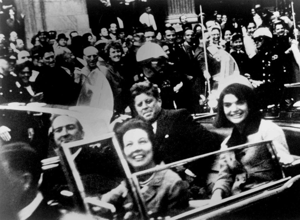 John F. Kennedy suikasti araba