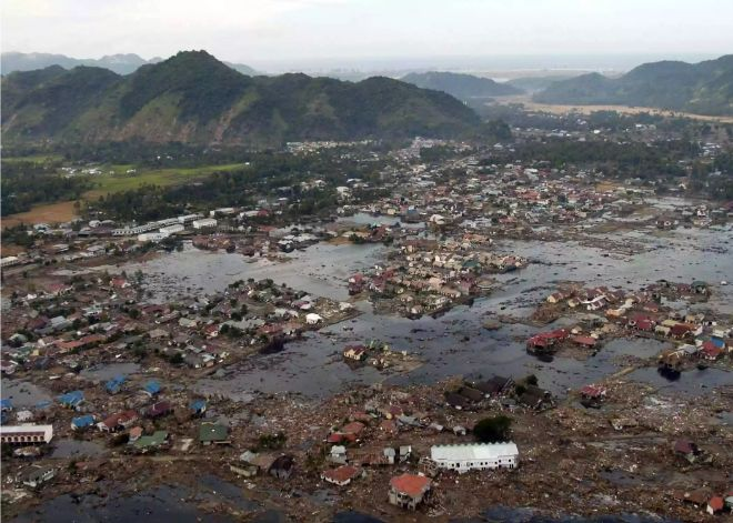 en yıkıcı tsunamiler endonezya