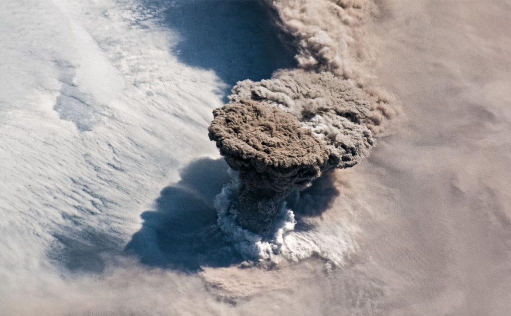 raikoke volkan uzay