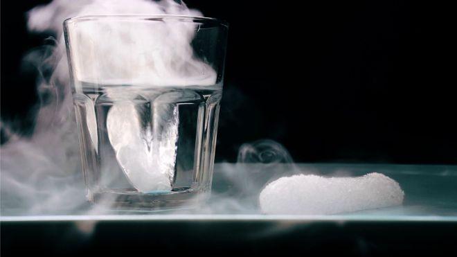 özel efektlerin arkasındaki bilim kimya kuru buz