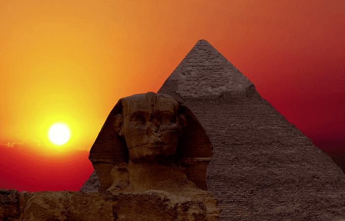 Dünyanın Yedi Harikası / Sunrise over the pyramid of Cheops and Sphinx. Giza Egypt