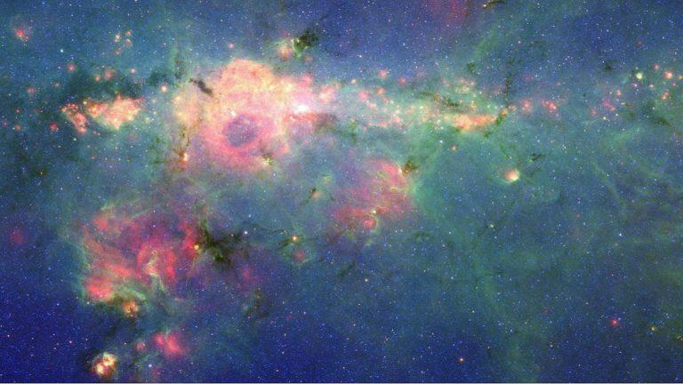 nebula peony bulutsusu