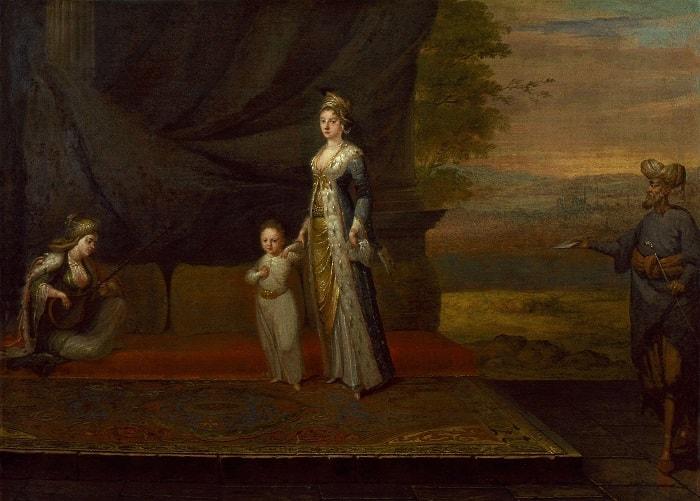 Mary Wortley Montagu Türkiye tarihi açısından önemli bir karakterdir. Şark Mektupları isimli kitabı okuyabilirsiniz