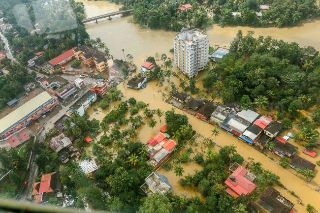Bangladeş sık sık su altında kalan ormanlara sahip.