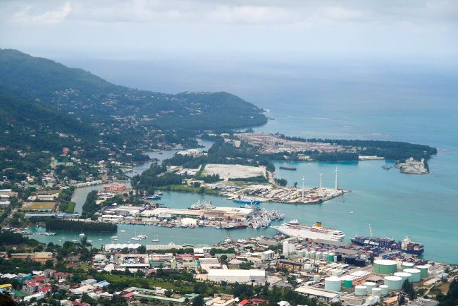 Seyşeller en alçak konumlu turistik ülkelerden biri