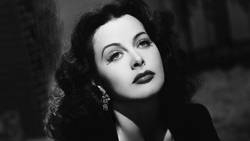 Hedy Lamarr, Nisan 1942.