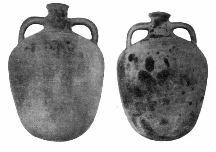 Taman yarımadası'nda bulunan petrol depolamak için kullanılan antik amforalar