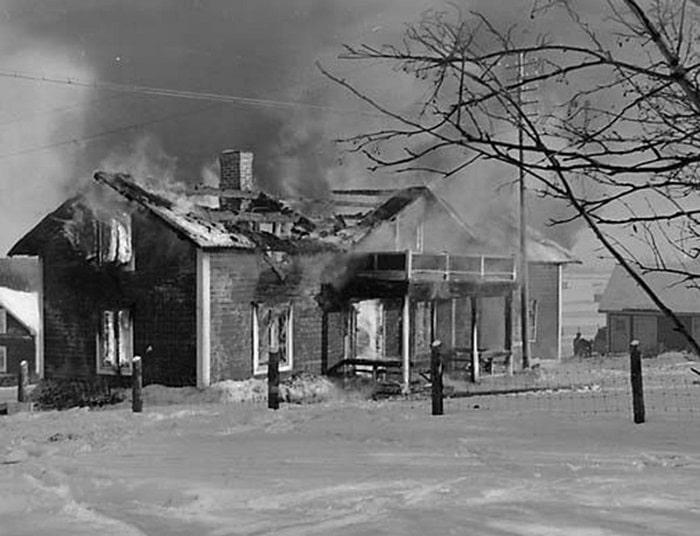 Sovyet bombalama baskınından sonra Pajala