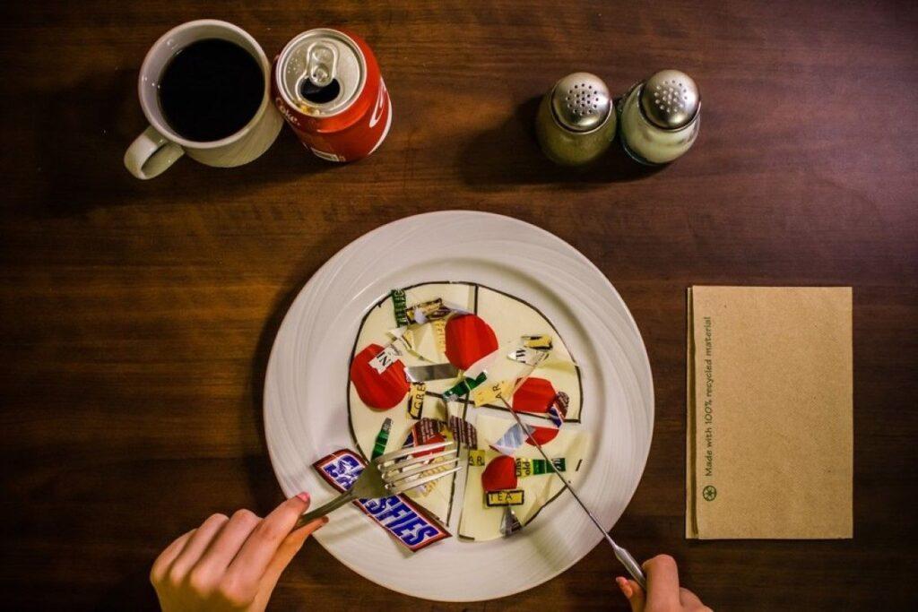 plastik yemek