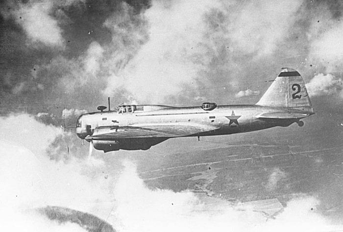 DB-3 bombardıman uçağı