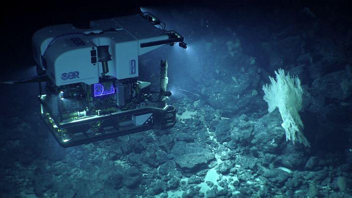 derin okyanus keşif aracı